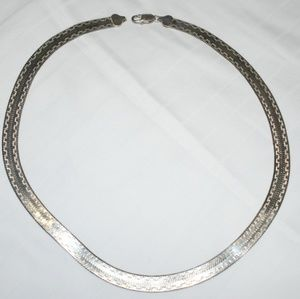 Milor necklace